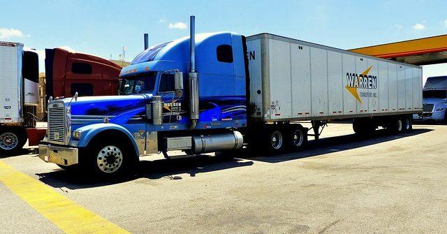 La importancia de la seguridad en los aparcamientos para camiones